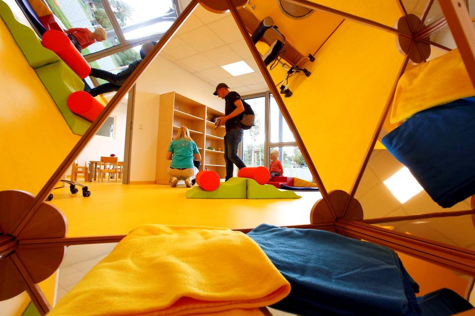 """Eltern in Kamenz können jetzt ein neues Portal nutzen, um ihr Kind für einen Betreuungsplatz anzumelden, zum Beispiel für die erst im vorigen Sommer eingeweihte neue Kita """"Am Heidelberg"""" in Wiesa."""