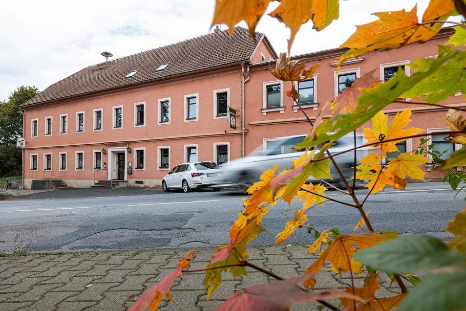 """Der Herbst kommt und in Reinholdshain startet am Sonnabend wieder die """"Nachtapotheke"""". Die Party gibt's schon seit Jahren, aber sie musste jetzt eineinhalb Jahre Zwangspause machen."""