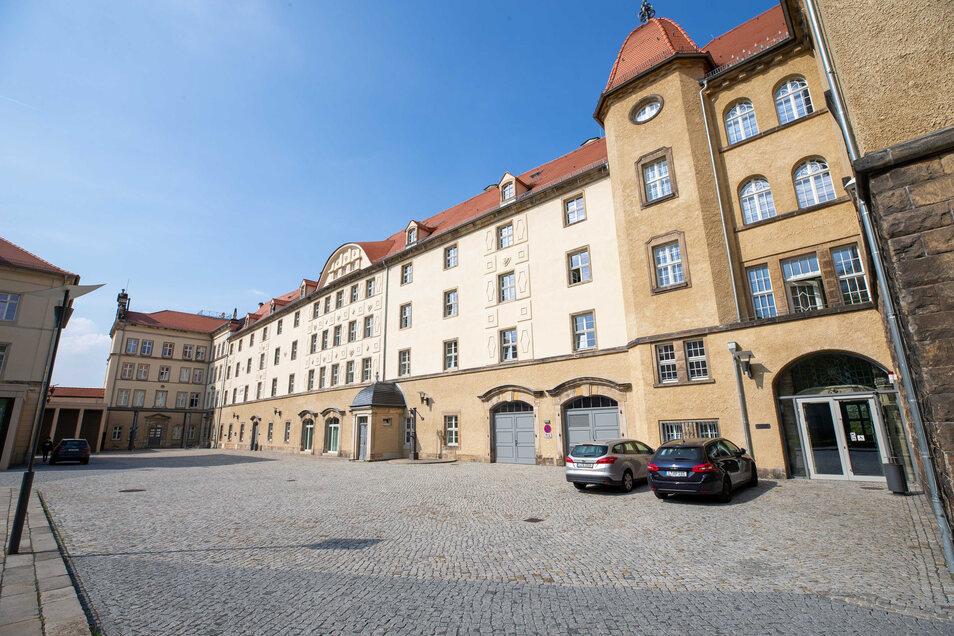 Der Archivverbund im Landratsamt Pirna öffnet wieder für den Besucherverkehr.