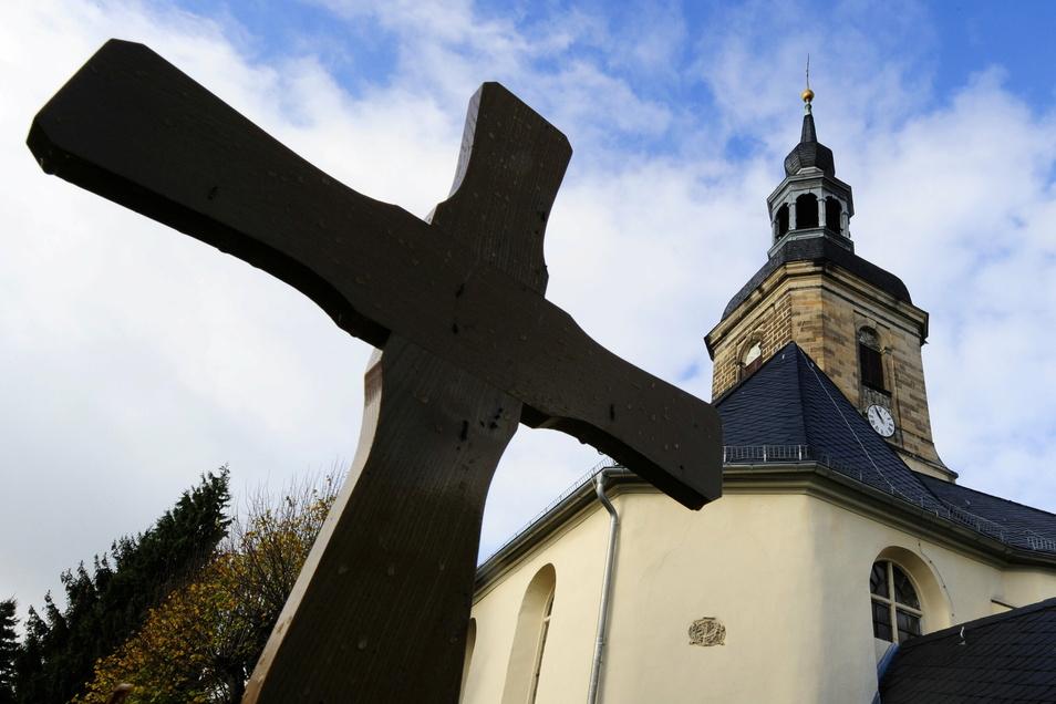 Seit 100 Jahren begleiten die Kirchenglocken die Burkhardswalder.