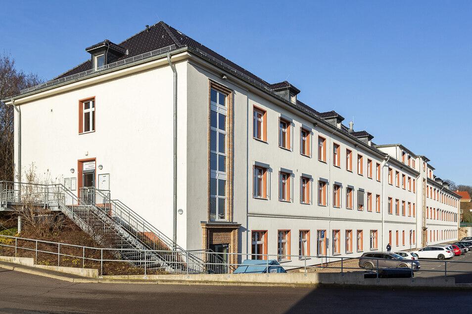 In die KfZ-Zulassungsstelle in der Hüttenstraße wurde eingebrochen.