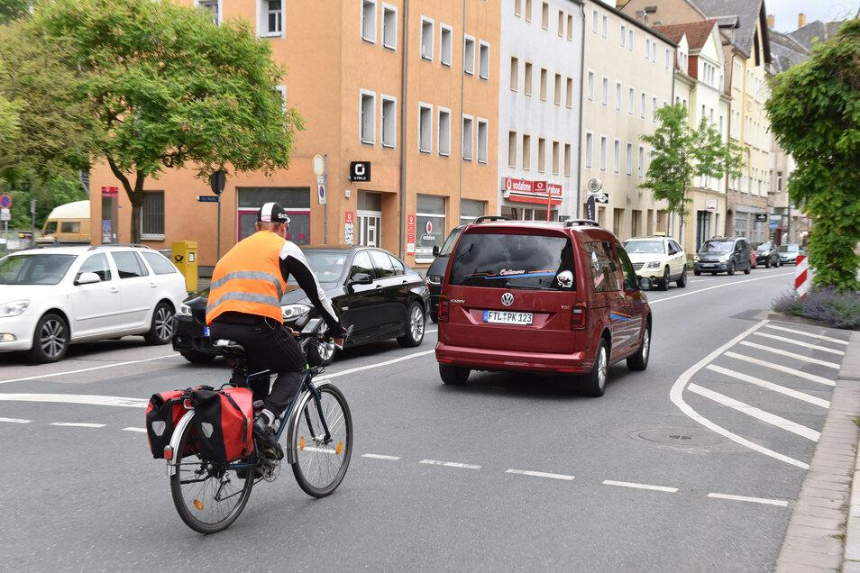 Mehr Sicherheit: Für Radfahrer soll ein eigener Streifen markiert werden.