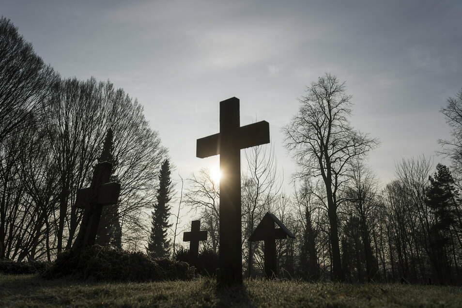 Viel zu tun auf dem städtischen Friedhof: Voriges Jahr starben 1.000 Görlitzer. Sie verteilen sich aber auf mehrere Friedhöfe.
