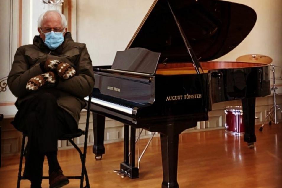 Mit Handschuhen lässt sich schlecht spielen. Aber im Moment darf in der Musikschule ohnehin nicht musiziert werden.