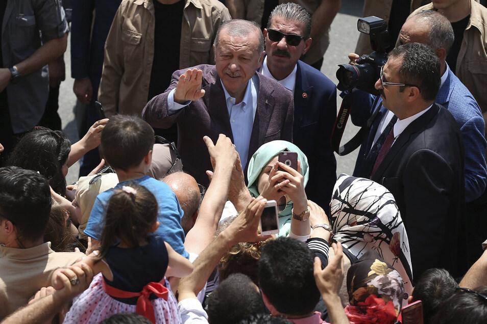 Man darf gespannt sein, wie Staatschef Erdogan jetzt reagieren wird.