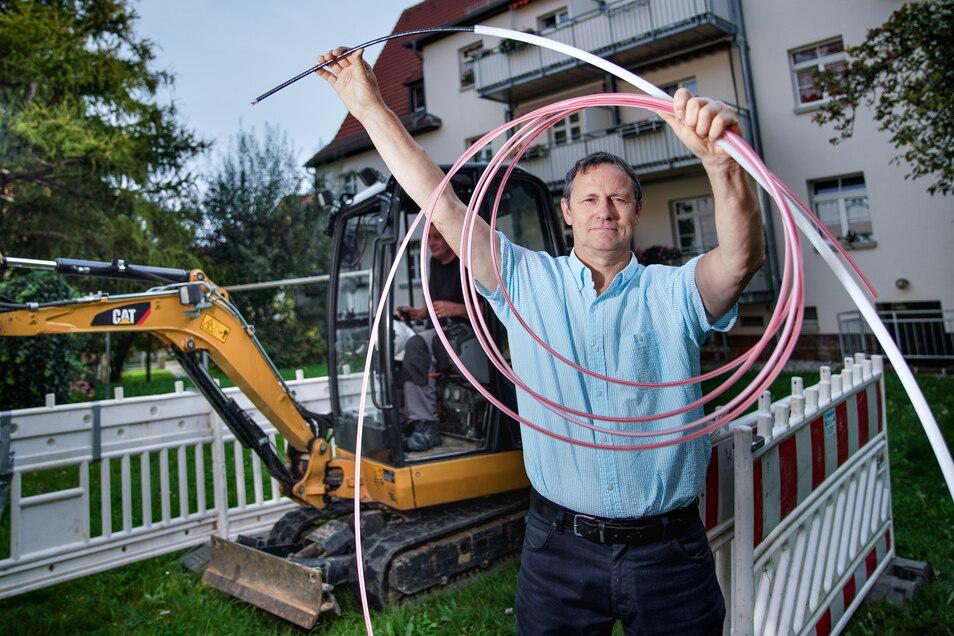 Die Eisenbahner-Wohnungsbaugenossenschaft (EWG) und Tele Columbus starten den Netzausbau für ein schnelles Internet für 8000 Haushalte. Im Bild: Mario Famulla (Projektleiter Tele Columbus).