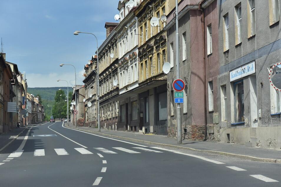Goldgräberstadt nach dem Rausch: Dubí wirkt wie ausgestorben. Doch der Eindruck täuscht.