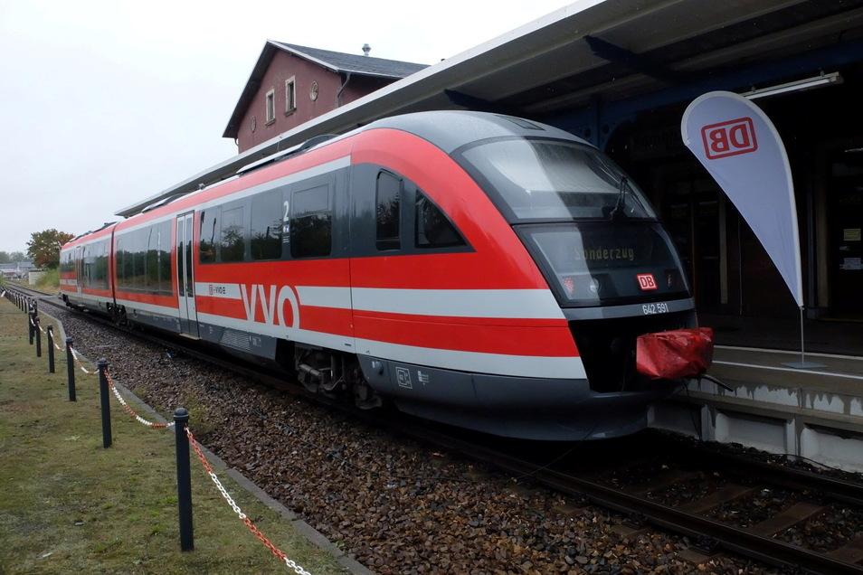 Dieser Triebwagen wird künftig im Müglitztal und zwischen Pirna und Sebnitz unterwegs sein. Vorgestellt wurde er in Kamenz.