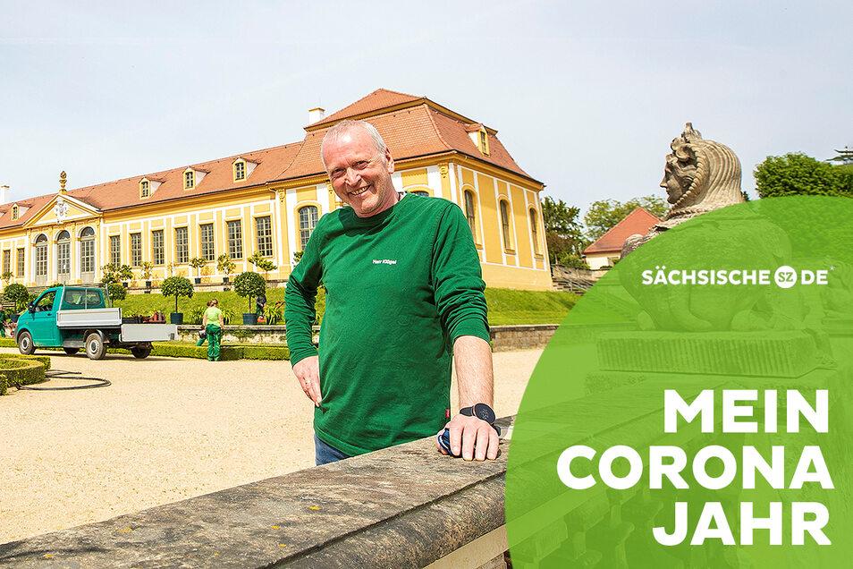 Bei schönem Wetter verständlich, aber auch sonst ist die Arbeit im Barockgarten für Gartenmeister Helge Klügel ein Fest.