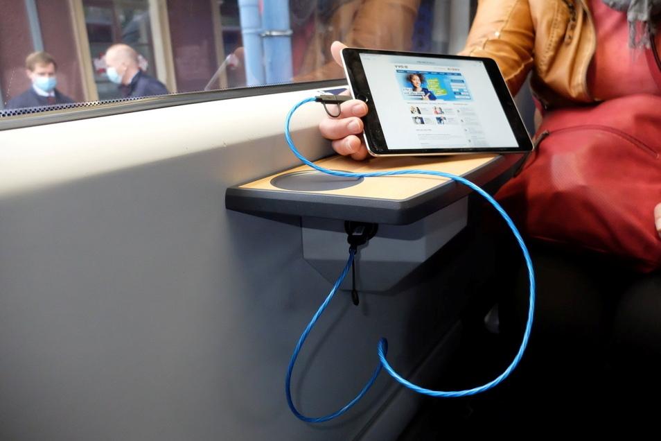 Ein Viertel aller Sitze erhalten USB-Steckdosen.