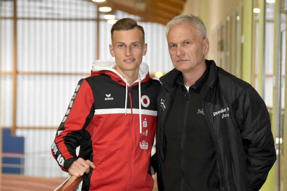 Ein eingespieltes Team: Karl Bebendorf und sein erfahrener Trainer Dietmar Jarosch. Der 67-Jährige wurde von seinem Schützling nicht angesteckt.