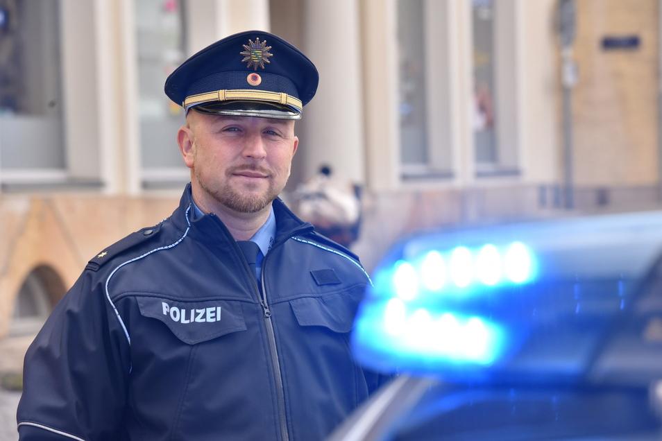 Der Leiter Polizeireviers Freital-Dippoldiwalde, Rico Sommerschuh legt eine Kriminalstatistik vor, die ihm nicht ganz gefallen kann.