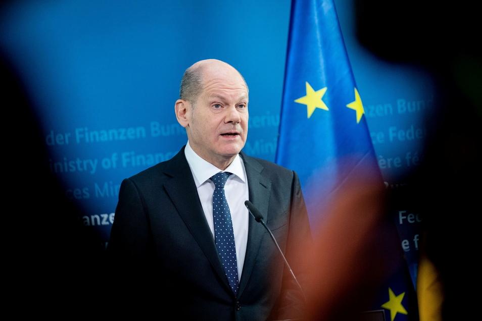 Bundesfinanzminister Olaf Scholz hat sich für eine bundeseinheitliche Regelung der Notbremse ausgesprochen.