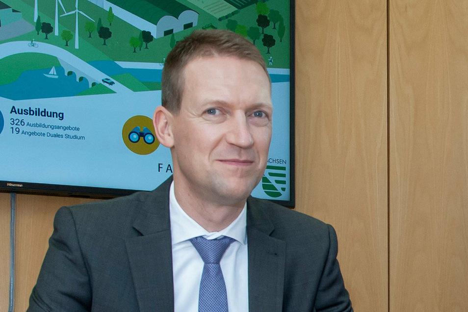 Sascha Dienel leitet die Gesellschaft in der sich der Kreis, die Sparkasse und die Kommunen zusammengeschlossen haben.