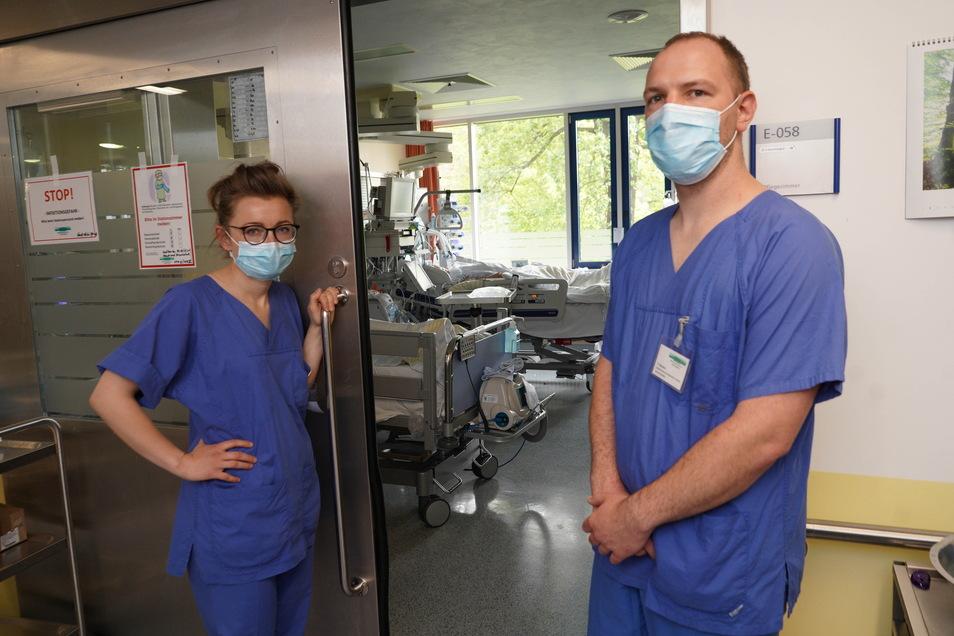 Mareen Schmidt und Frank Benisch arbeiten auf der Corona-Intensivstation im Bautzener Krankenhaus. Mit Sächsische.de haben sie über ihren Alltag gesprochen.