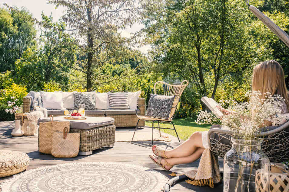 Ein Wellness-Garten bietet viele Möglichkeiten zum Entspannen.