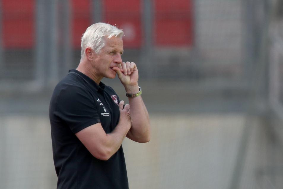 Jens Keller ist seinen Job beim 1: FC Nürnberg los.