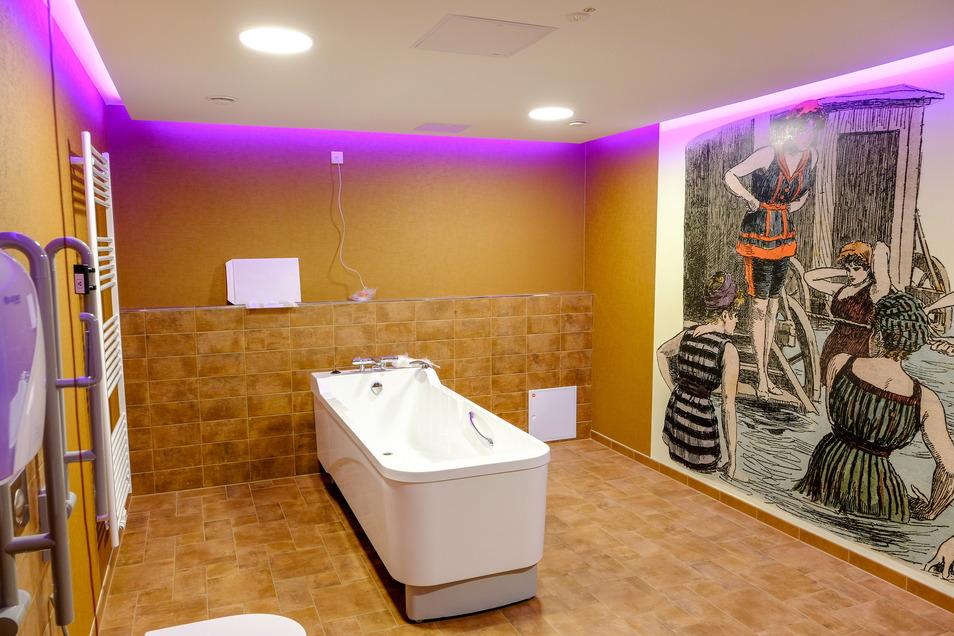 Ein Pflegebad mit Wanne ist auf jeder Etage eingerichtet worden und kann nach Bedarf genutzt werden.