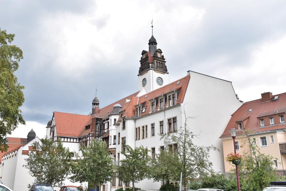 Am 12. Juni 2022 wird über den nächsten Verwaltungs-Chef im Freitaler Rathaus entschieden.