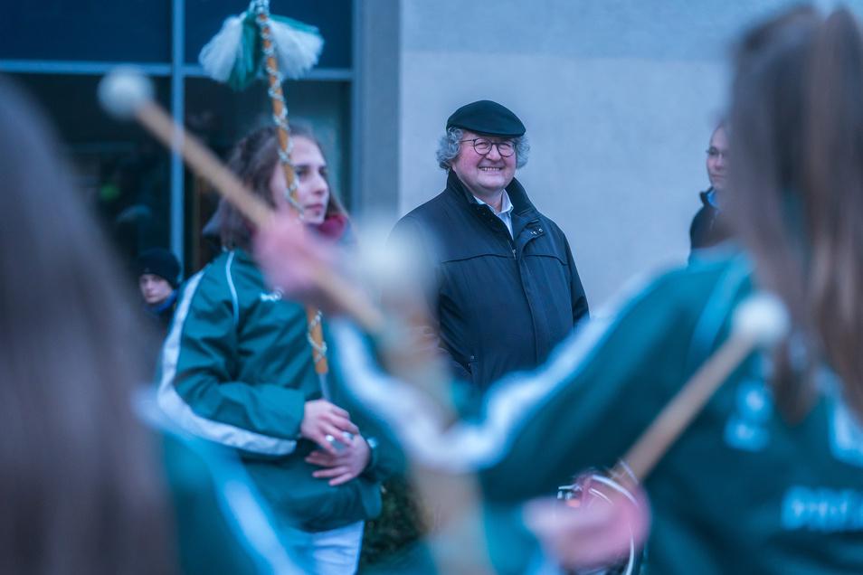 Ende Januar wurde Werner Patzelt an der ZU Dresden verabschiedet. Statt der Großenhainer Freischützen war ein Fanfarenzug der Kamenzer Spielleute Teil der Zeremonie.