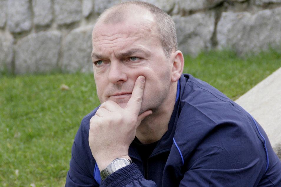 Steffen Schmidt hat schon viel erlebt beim BFV 08. Unter anderem saß er für ein Weilchen als Trainer auf der Bank. Damals spielte Bischofswerda allerdings noch in der Bezirksliga.