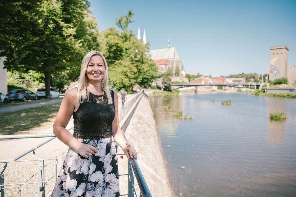 Izabela Jucha in ihrer neuen, alten Heimat: Die Polin stammt aus Bogatynia, wohnt jetzt mit der Familie in Zgorzelec.