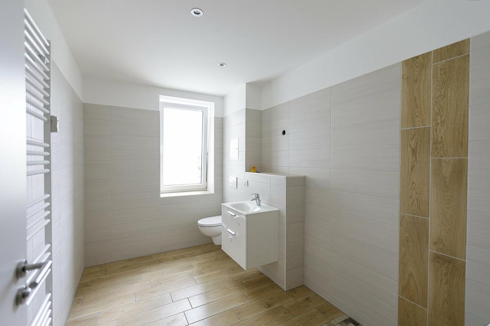 Die Mieter können über Innentüren, Fliesen und Bodenbeläge selbst entscheiden. So ist jede Wohnung individuell.