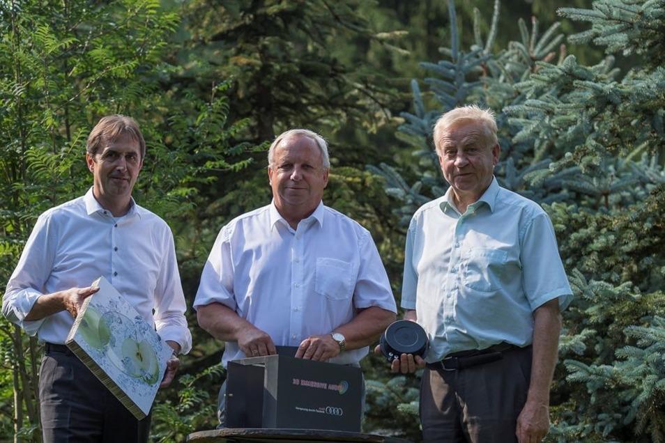 Ideengeber der 3-D-Audiokabine: Uwe Müller, Hilmar Steinert und Friedrich Blutner (v. l.).
