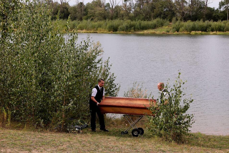 Seit Mittwochabend wird ein Mann in Dresden vermisst. Er soll im Stausee Oberwartha geschwommen sein. Am Freitag bargen Taucher eine männliche Leiche.