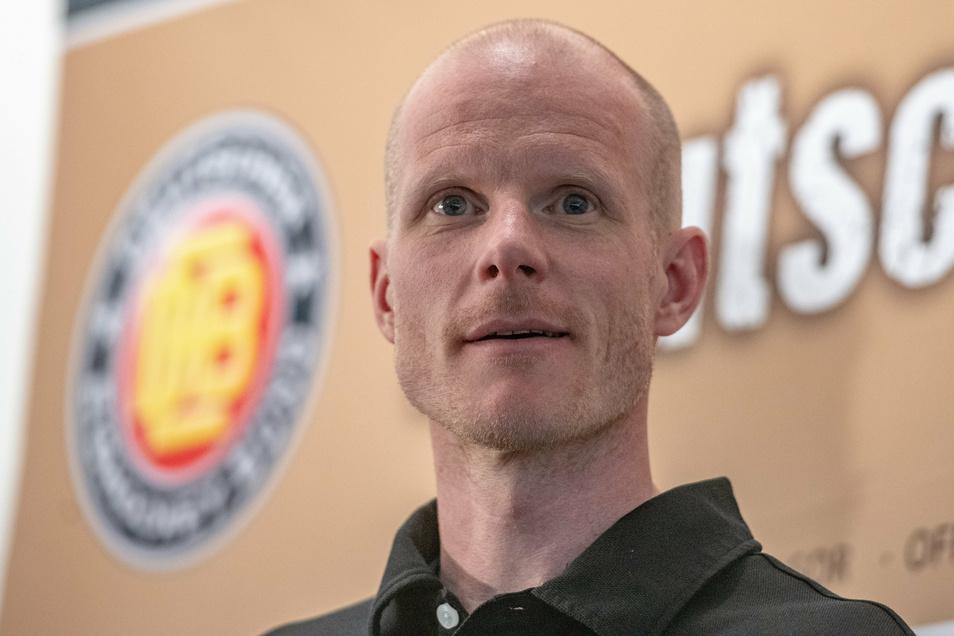 Eishockey-Bundestrainer Toni Söderholm ist positiv auf das Coronavirus getestet worden.