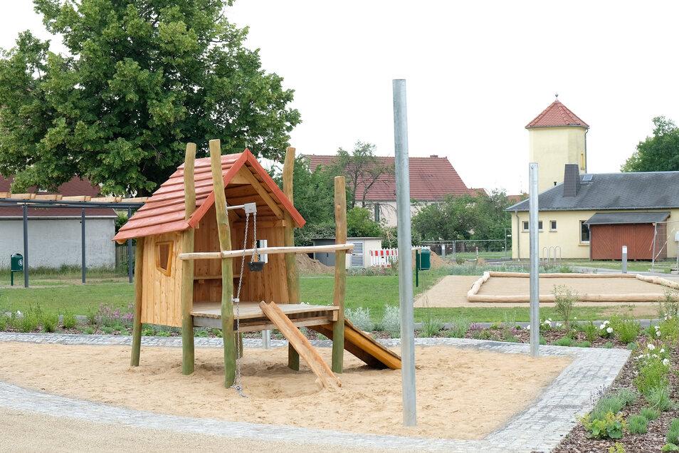 Der Mehrgenerationenplatz in Niederaus ist fertig, die ersten Häuser sollen dieses Jahr entstehen.