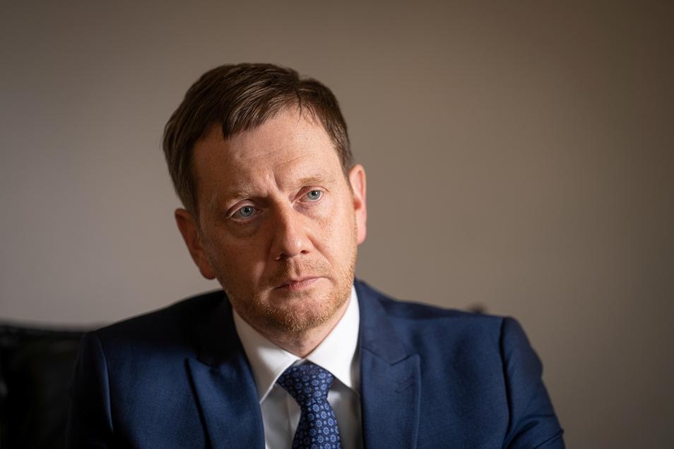 Sachsens Ministerpräsident Michael Kretschmer (CDU) kritisiert die Aussagen des Ostbeauftragten Marco Wanderwitz.