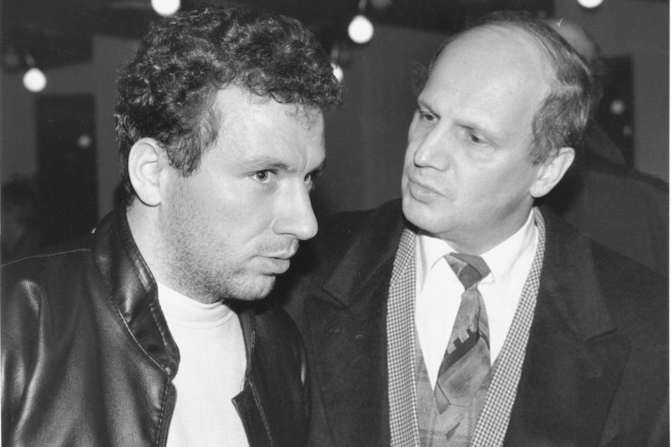 Markus Kranz im November 1995 mit dem früheren Dynamo-Präsidenten Wolf-Rüdiger Ziegenbalg (r.).