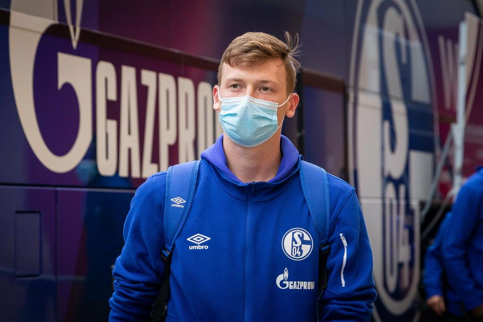 Wortloser Abgang aus Schalke: Markus Schubert wechselt für ein Jahr zu Eintracht Frankfurt. Einen Stammplatz hat er auch dort nicht, ganz im Gegenteil.