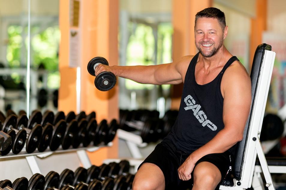 Fitnesscenter-Chef Chef Holger Fabig kann ebenfalls wieder loslegen.