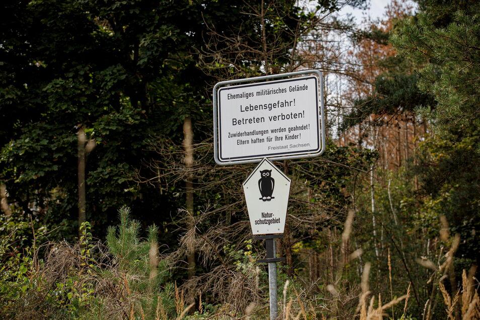 In dem ehemaligen Militärsperrgebiet herrscht Lebensgefahr, wie auf vielen Schildern um die Gohrischheide zu lesen ist.