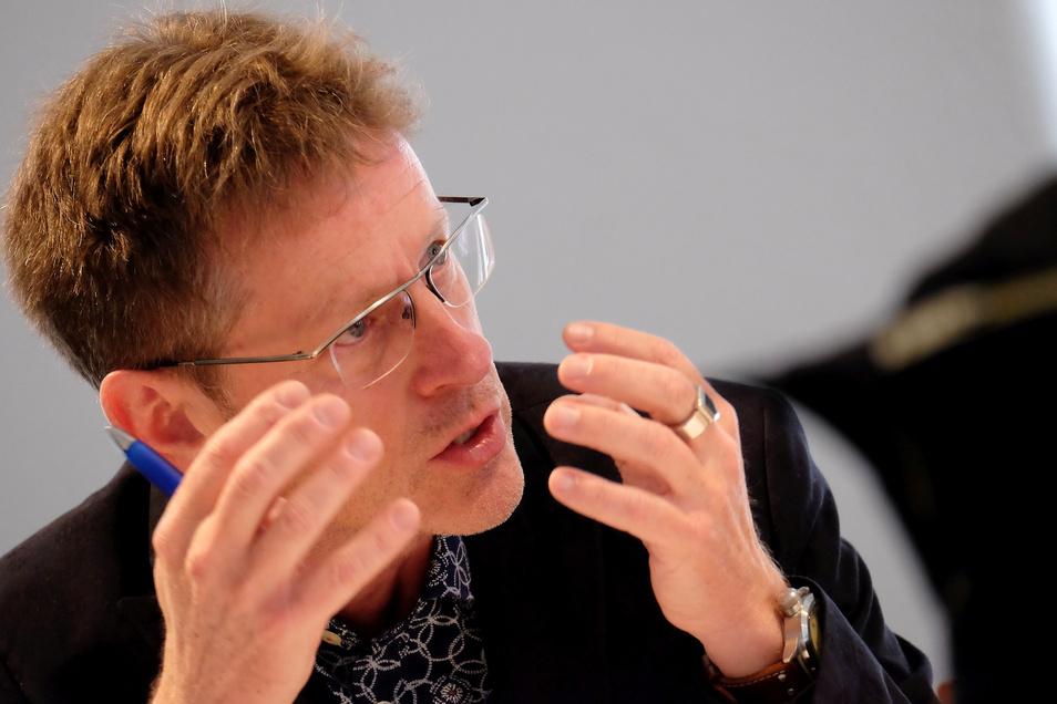 Hat in der Meißner Stadtpolitik viel angestoßen und bewegt: Stadtrat Walter Hannot nimmt eine Auszeit.