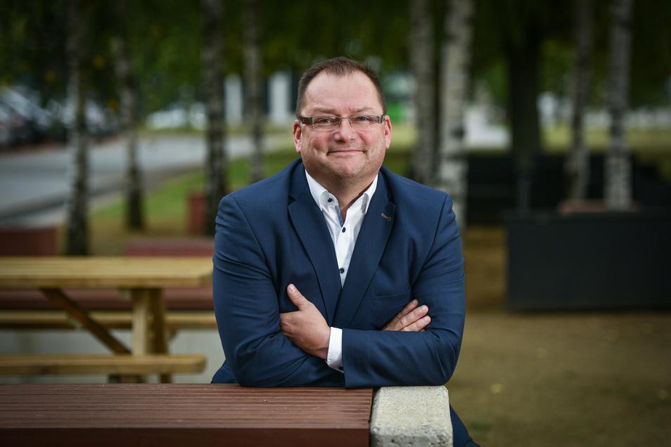 Axel Klein (51) ist Hauptgeschäftsführer des Dehoga Hotel- und Gaststättenverbands Sachsen. Der Hotelfachwirt und Restaurantfachmann mit Erfahrung in England, Frankreich und der Schweiz führt den Berufsverband seit drei Jahren. Er vertritt die Interessen