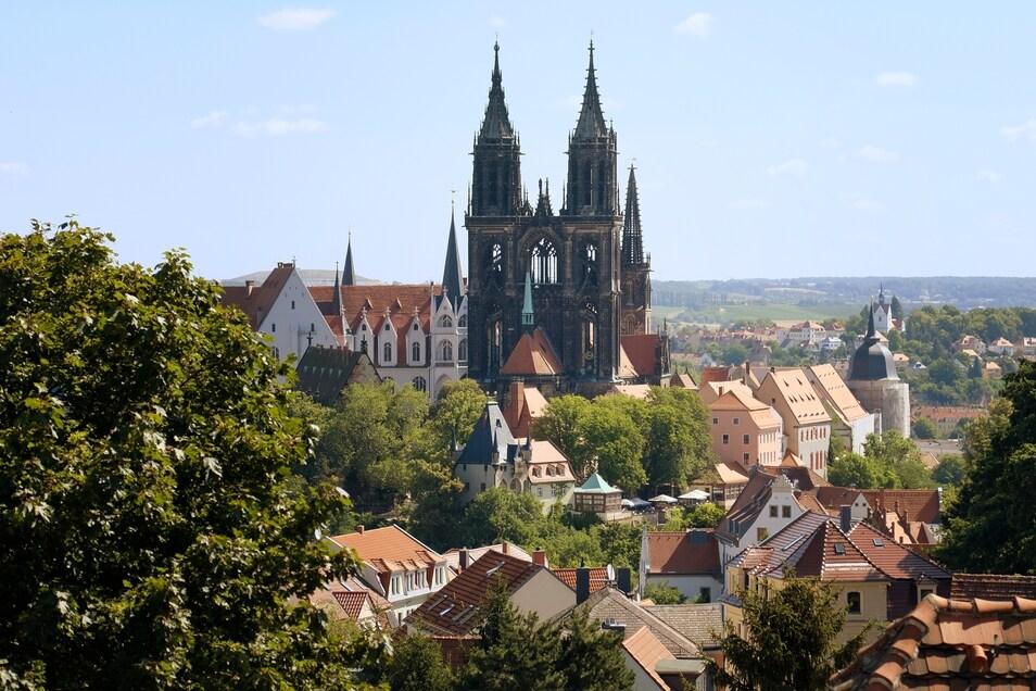 Blick auf den Meißner Dom und die Albrechtsburg im Hintergrund