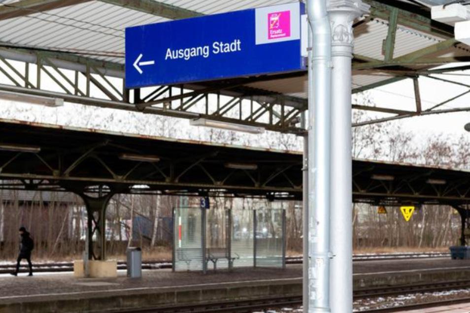Auf dem Bahnhof Bischofswerda fehlen Fahrstühle.