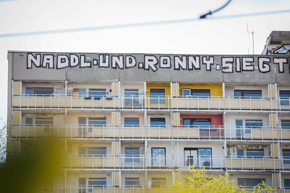 Stadtbekannt und nun auch reif für die Ausstellung: Naddl und Ronny haben es geschafft.