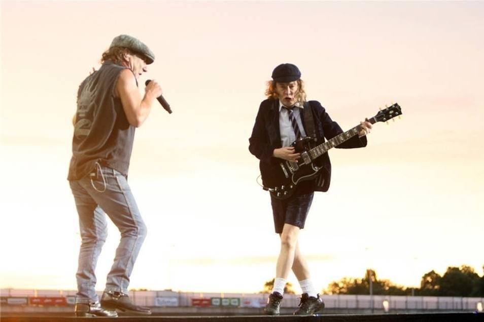 AC/DC gehören zu den einfluss- und erfolgreichsten Rockbands aller Zeiten - in den letzten 40 Jahren haben sie mehr als 150 Millionen Tonträger verkauft.