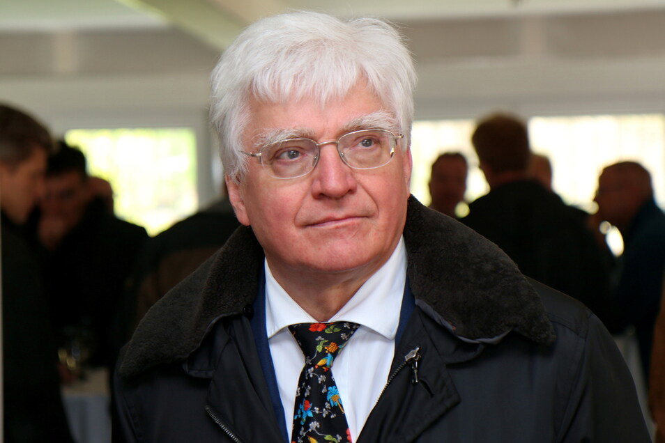 Winfried Stöcker spaltet nach wie vor mit seinem Antigen die Impfwilligen.