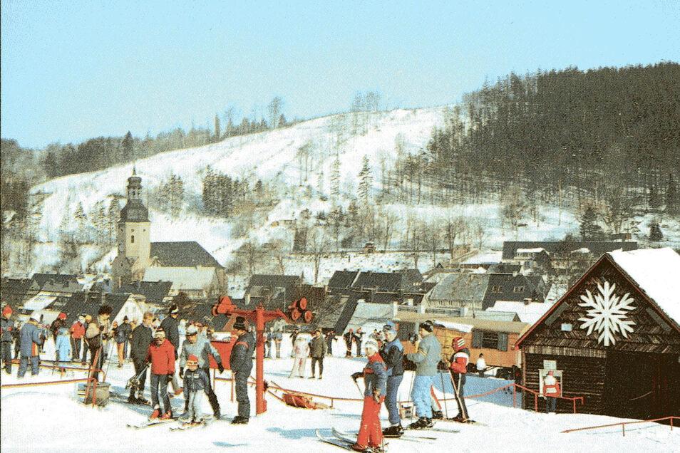 Geising - ein traditionsreiches Wintersportziel. Hier eine Postkarte aus DDR-Zeiten.