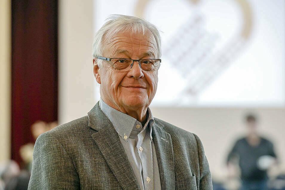 Professor Peter Dierich gehört zu den renommiertesten Corona-Kritikern der Region.