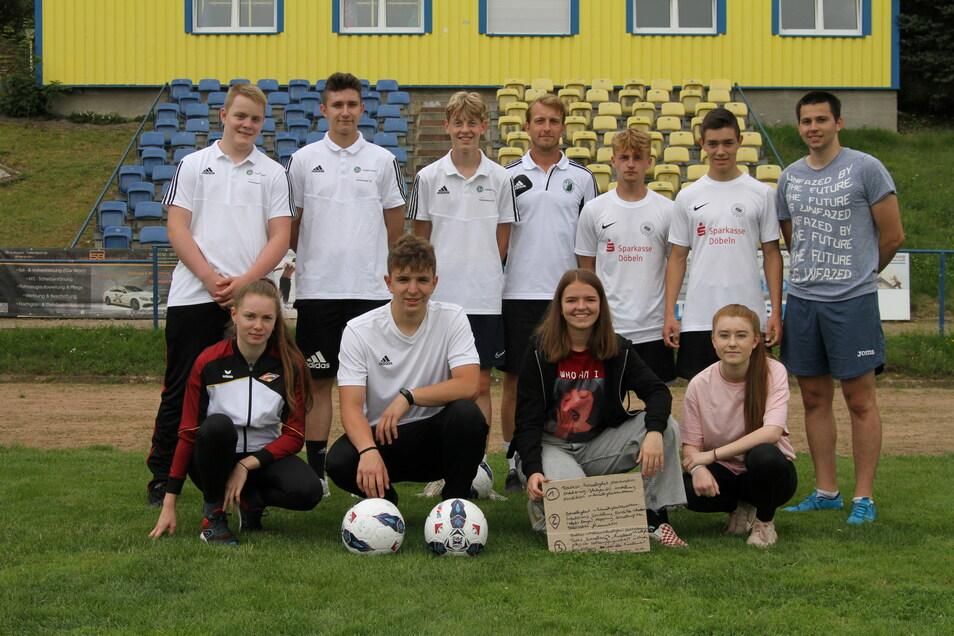 Zehn Schüler des Martin-Luther-Gymnasiums Hartha haben eine Ausbildung zum DFB-Juniorcoach absolviert. Diese gilt als erster Baustein für den Erwerb der Trainer-C-Lizenz.