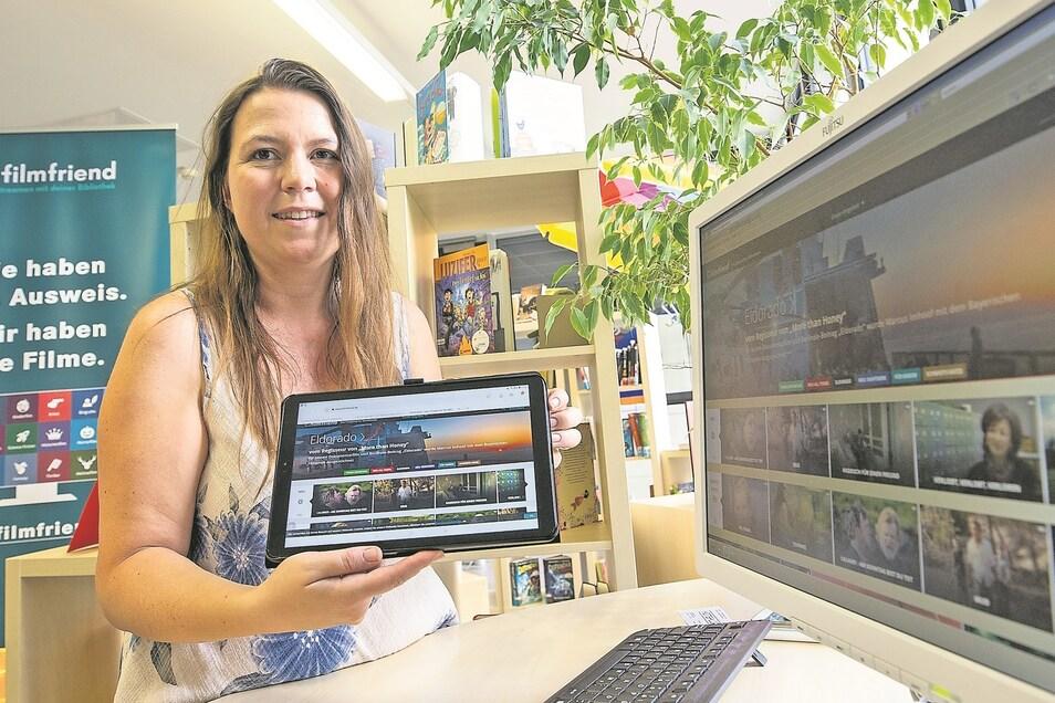 Filme gucken mit dem Bibliotheksausweis: Kathleen Nachtigall von der Heidenauer Bibliothek zeigt schon mal den Startbildschirm für das neue Filmfriend-Angebot.