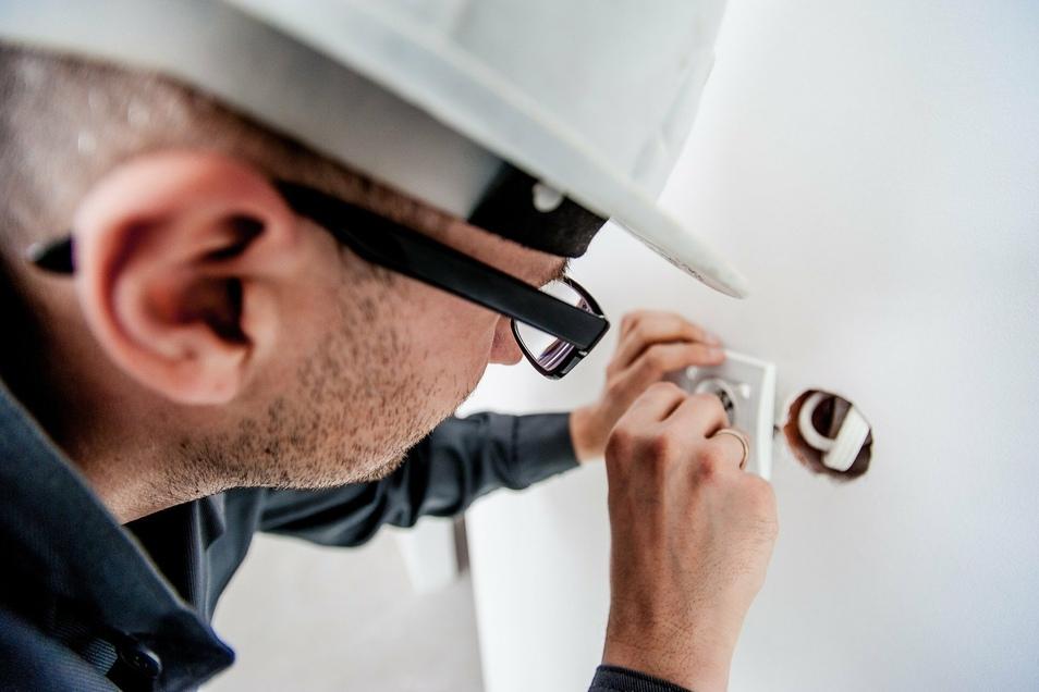 Bei Neubauprojekten oder Renovierungen verschieben sich wegen Lieferengpässen die Zeitpläne teils erheblich.
