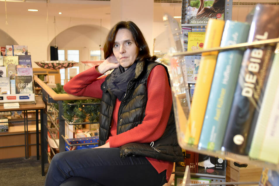 Christiane Königsmann bekam in den vergangenen Tagen viele Anrufe mit Hilfsangeboten für ihre Buchhandlung.
