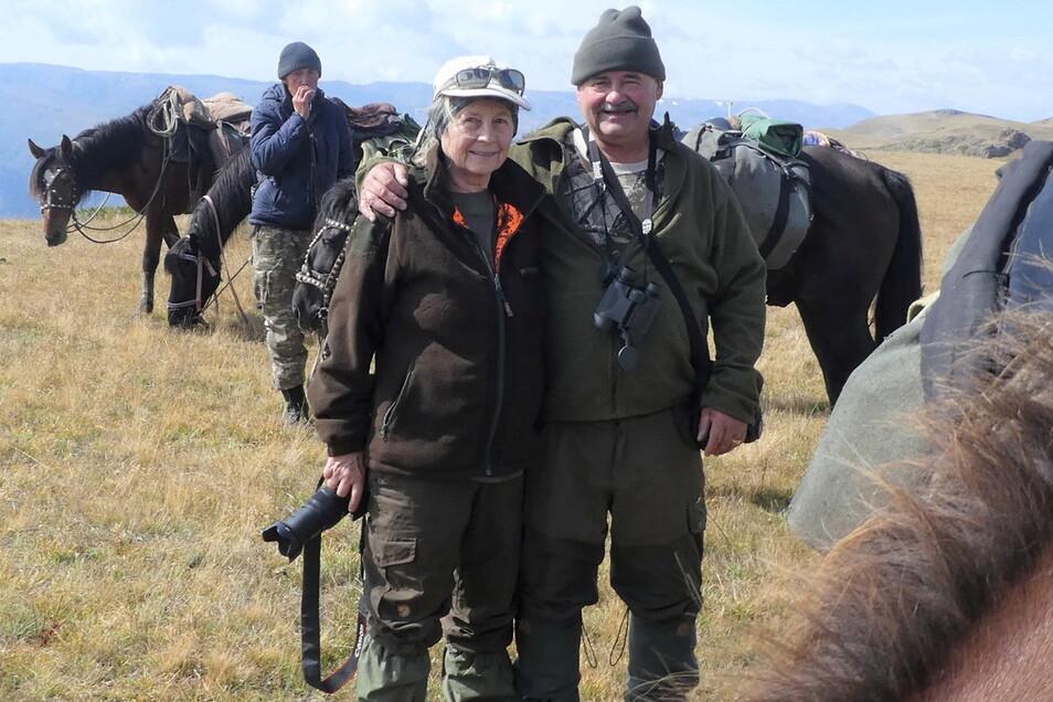 Carmen und Holger Rohrbach sind in Bischofswerda aufgewachsen. Gemeinsam mit zwei Begleitern machten sie sich vor zwei Jahren auf durch die Berge Kasachstans.